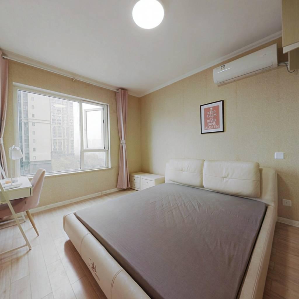 合租·优品尚东 3室1厅 北卧室图