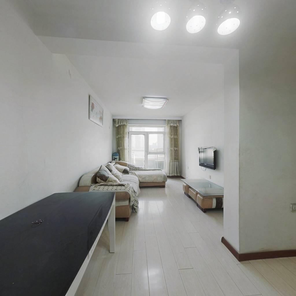 多层简单装修,公摊面积小,拎包入住,总房款低!