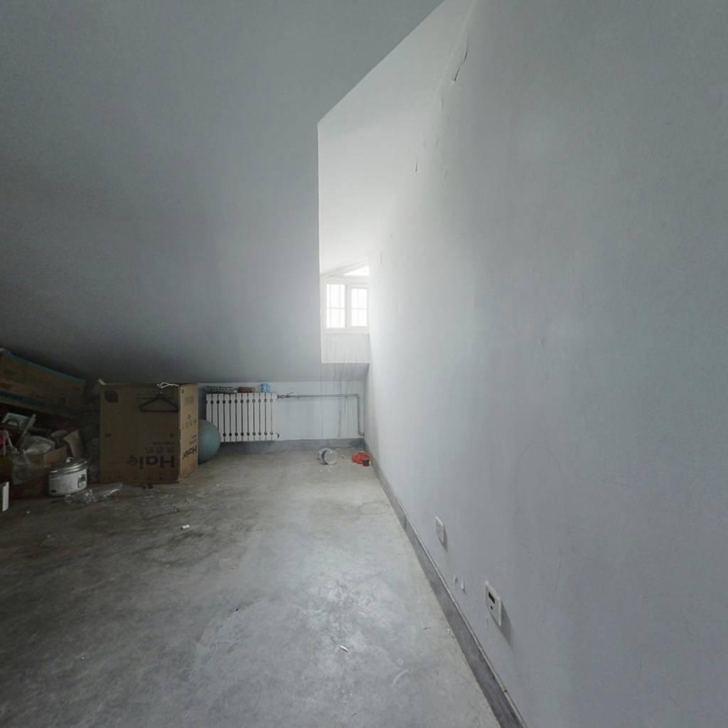 汇富名仕居两室两厅文昌山公园旁边成熟小区环境好