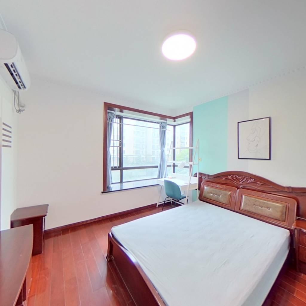 合租·上海源花城 4室1厅 西卧室图