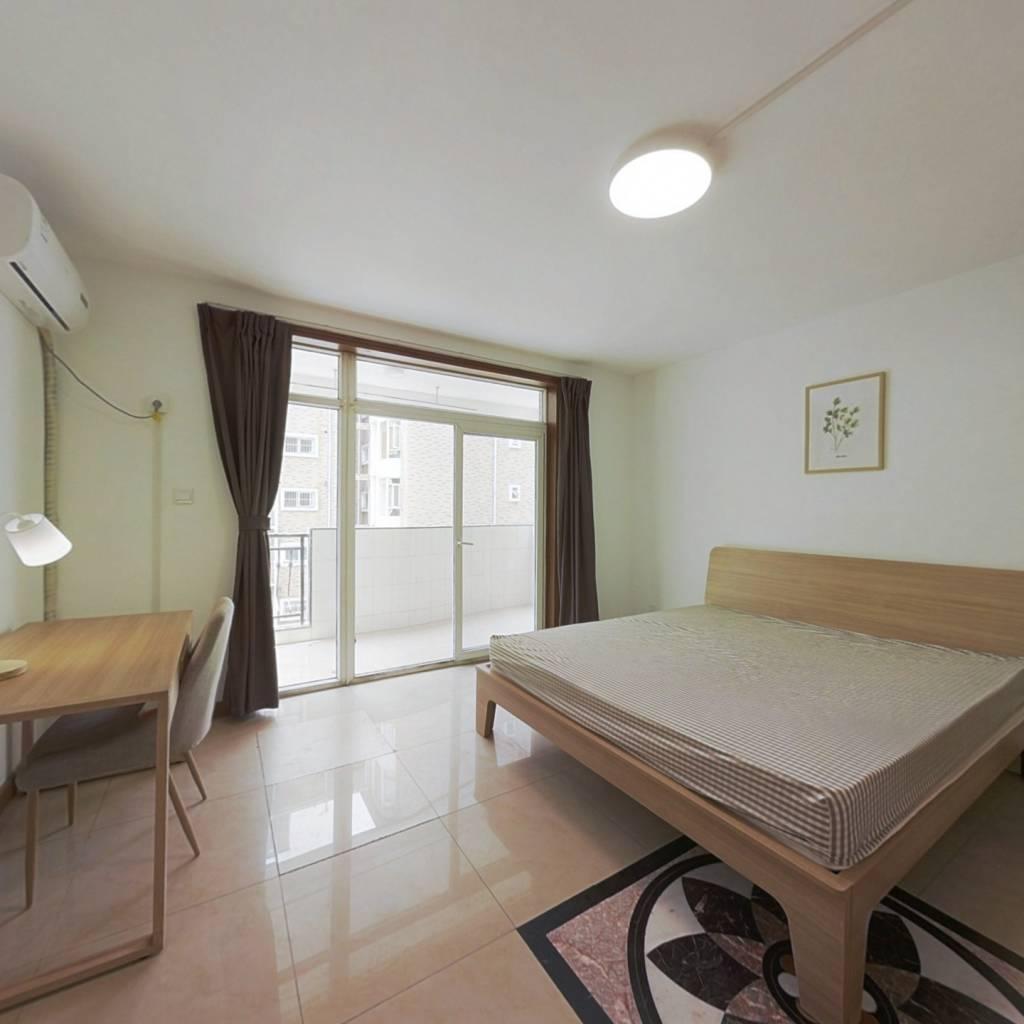 合租·新龙苑东区 4室1厅 北卧室图