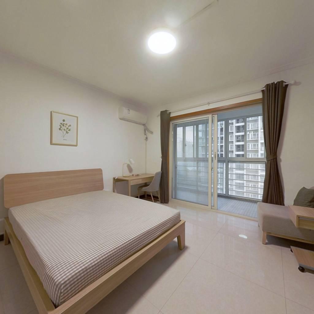 合租·百花居 4室1厅 东卧室图