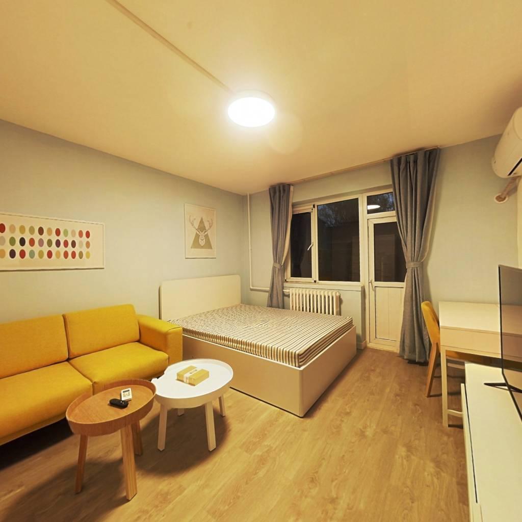 整租·高原街4号院 1室1厅 东卧室图