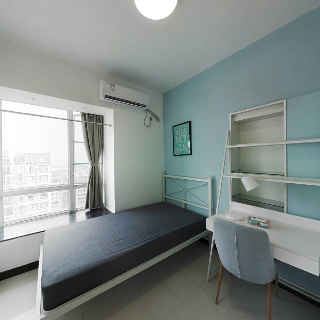 合租·岭南新世界 4室1厅 北卧室图