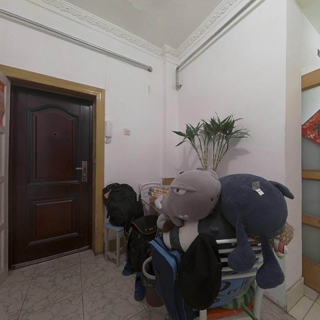 精装两室 采光好 带地下室 通透户型