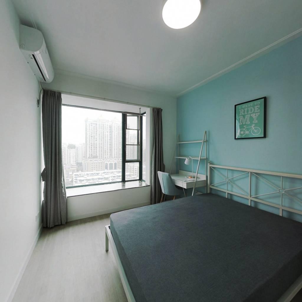 合租·都市华庭(天河) 4室1厅 北卧室图
