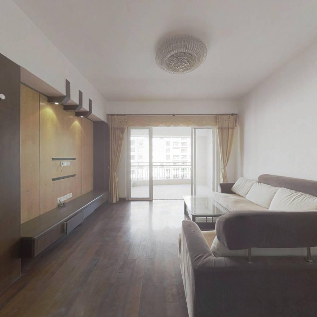 御龙山庄 4室2厅 东北