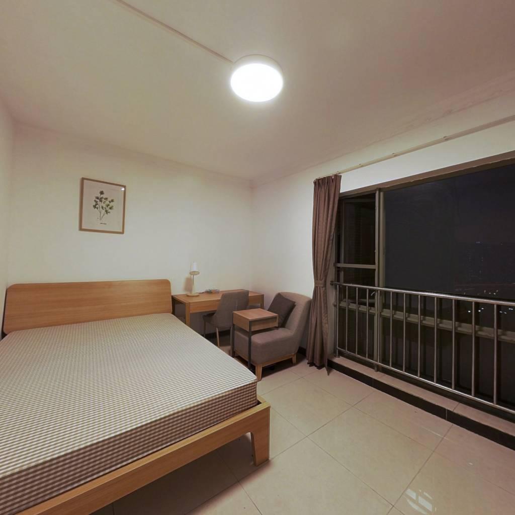 合租·天河峰景大厦 4室1厅 东北卧室图
