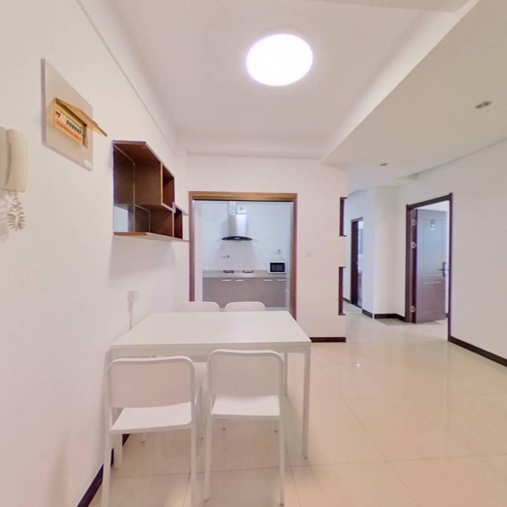 合租·金色世家 4室1厅 北卧室图