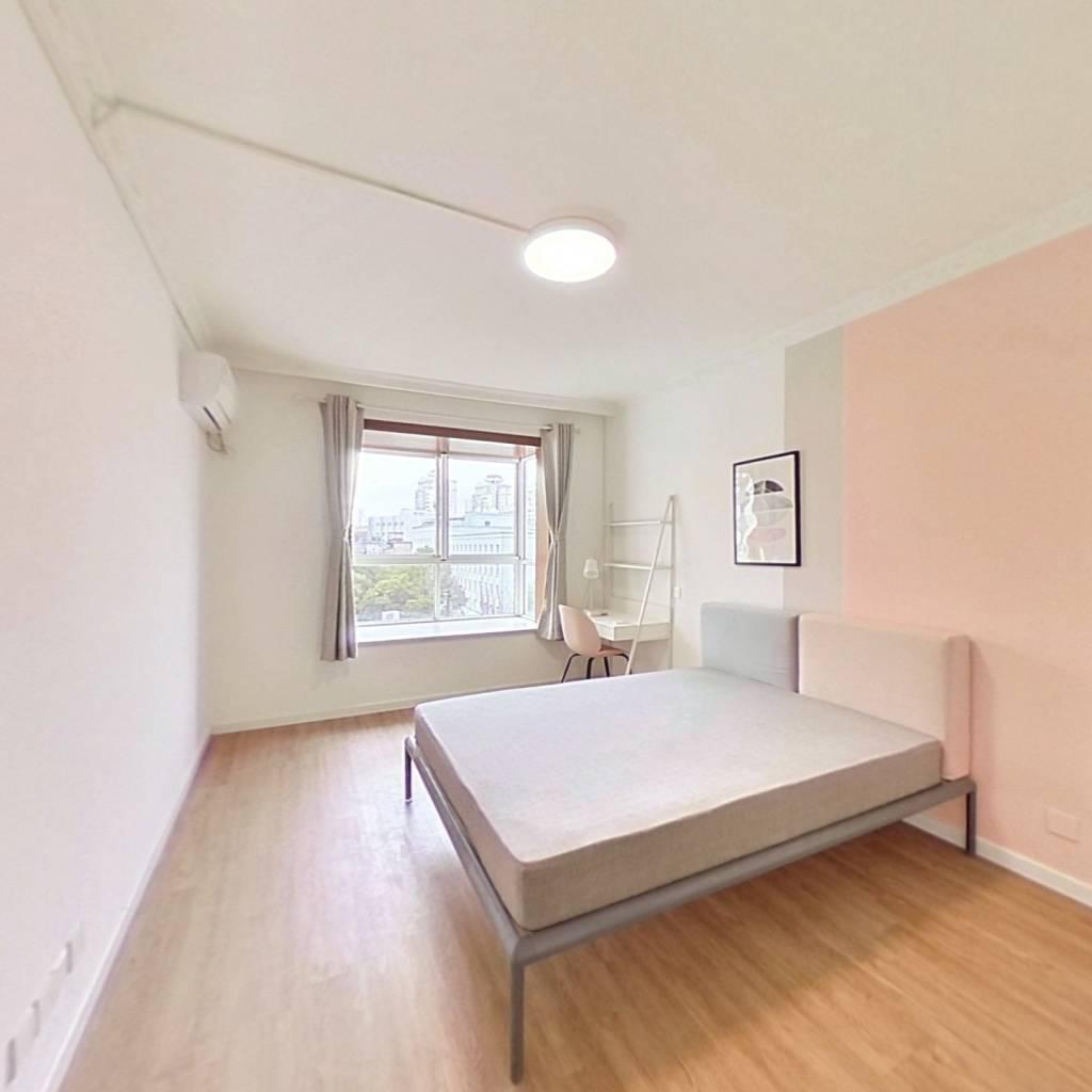合租·锦福公寓 3室1厅 西卧室图