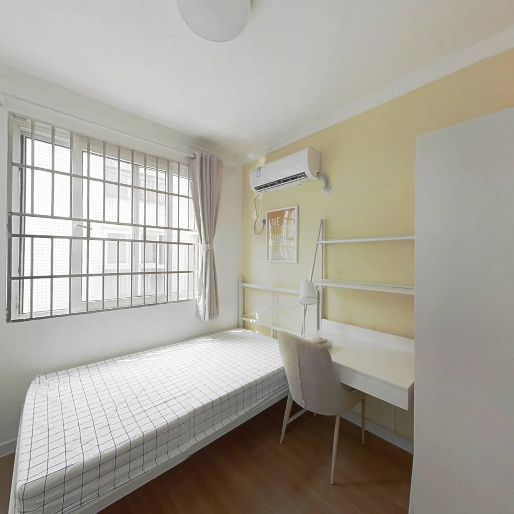 合租·南兴花园(天河区) 4室1厅 东卧室图