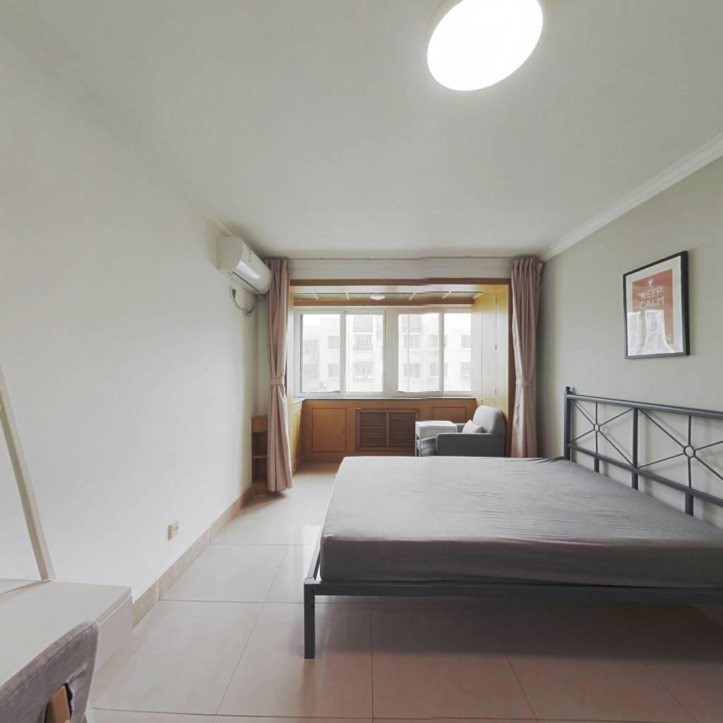 合租·太平家园 3室1厅 南卧室图