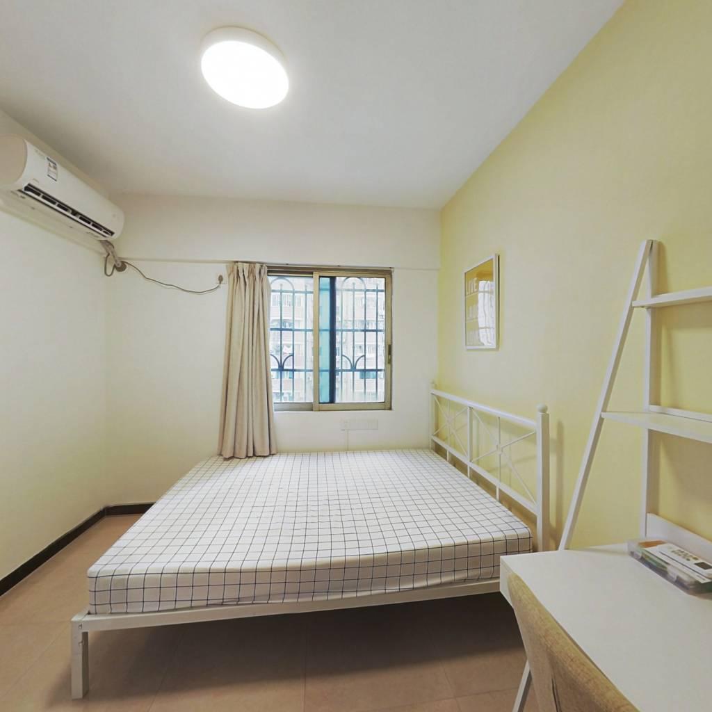 合租·惠城花园 3室1厅 东卧室图