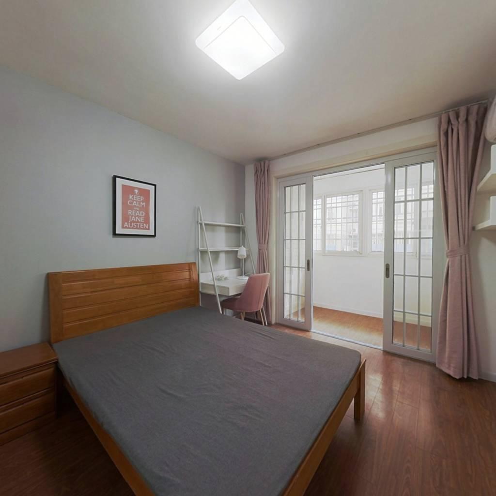合租·都市山庄 3室1厅 北卧室图