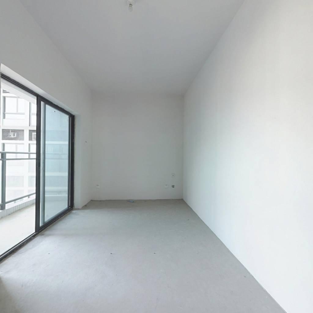 光明红本公寓  易出租  随时看房