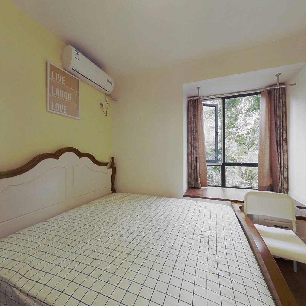 合租·光华锦苑 4室1厅 东卧室图
