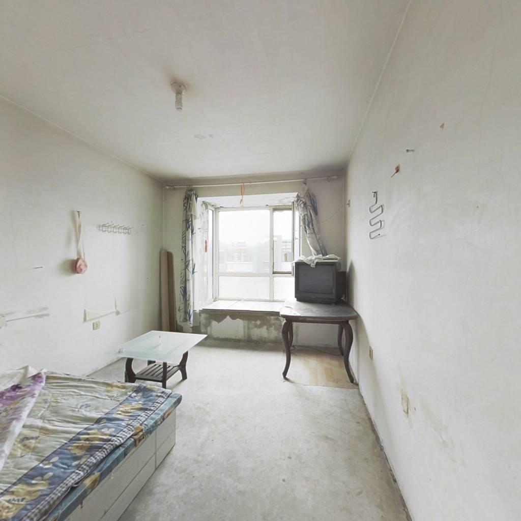 此房添伍兰庭的 一室 南北户型