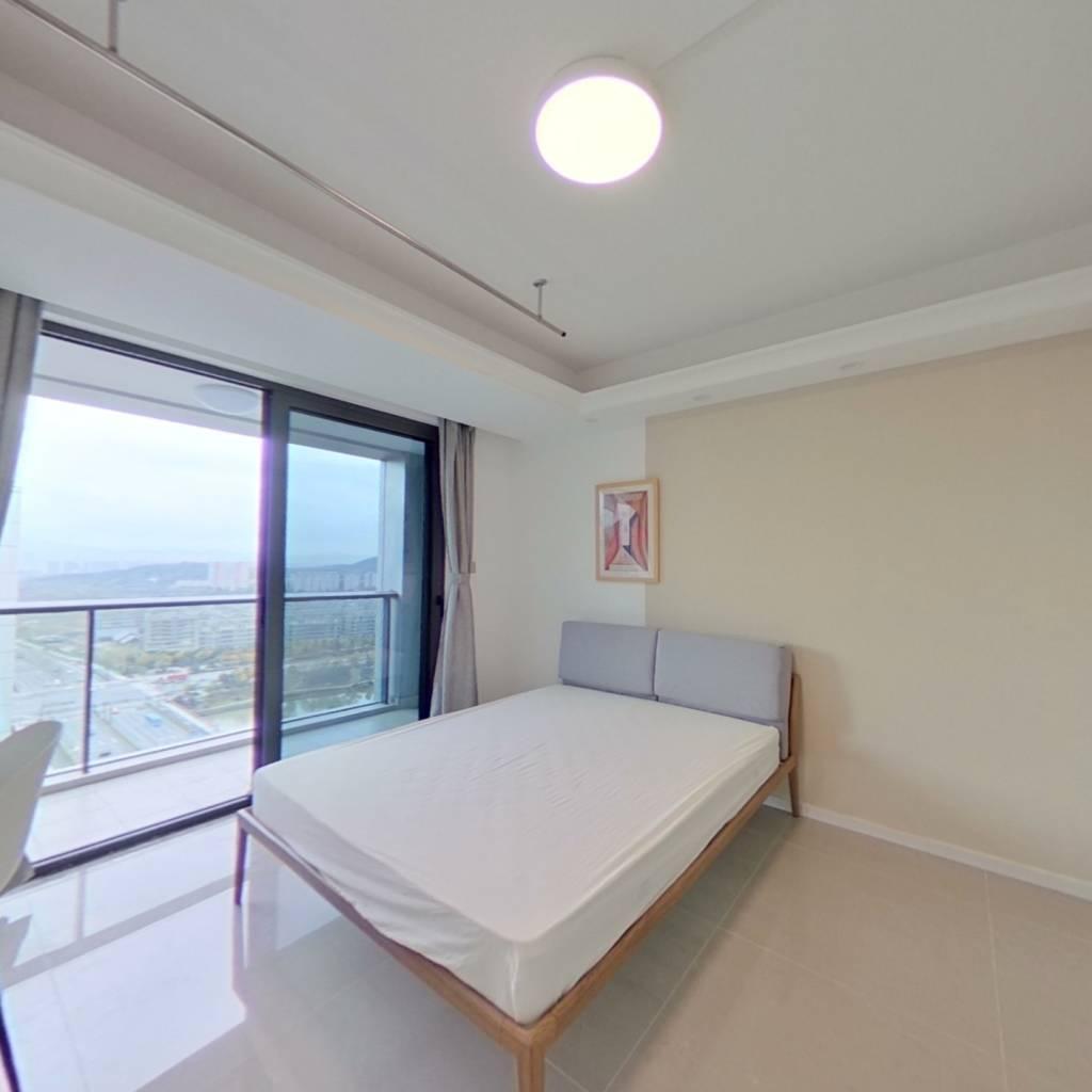合租·中南樾府 5室1厅 南卧室图