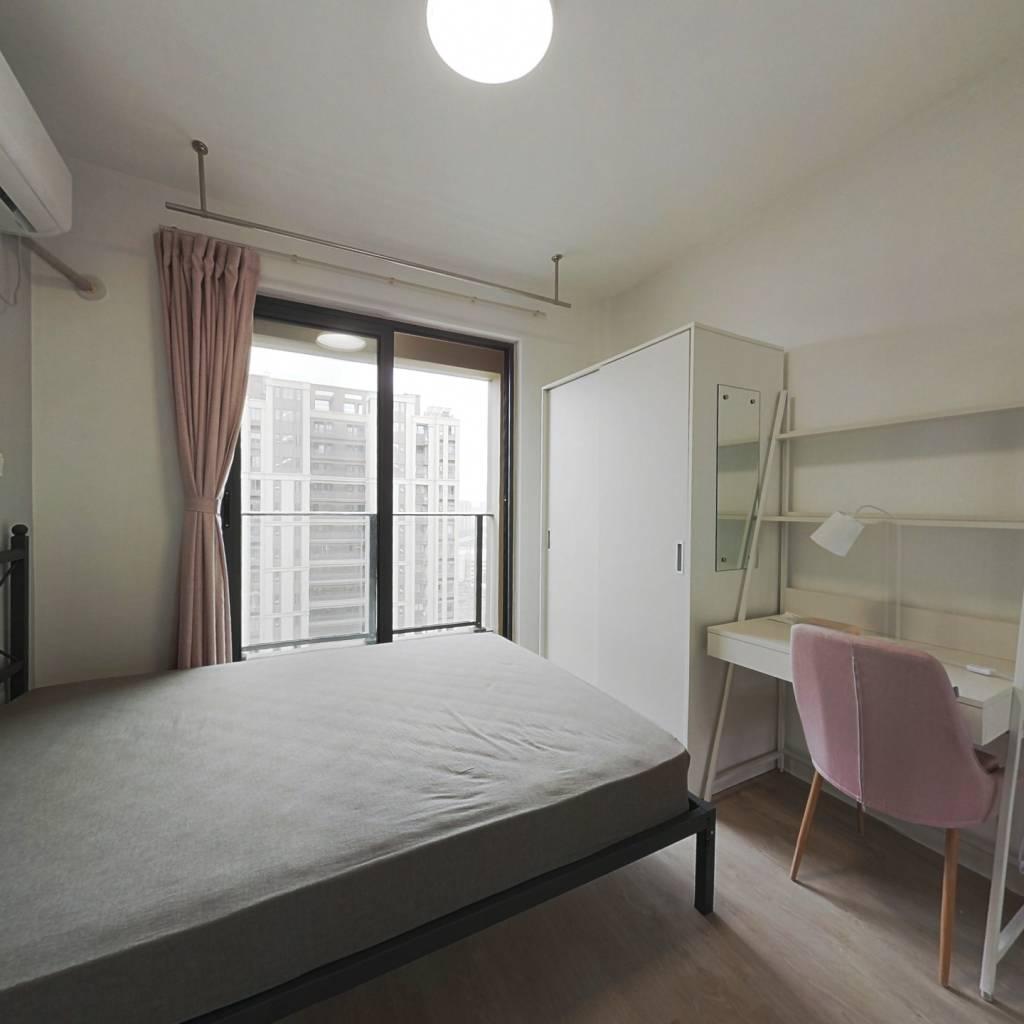 合租·上实海上海一期 4室1厅 南卧室图