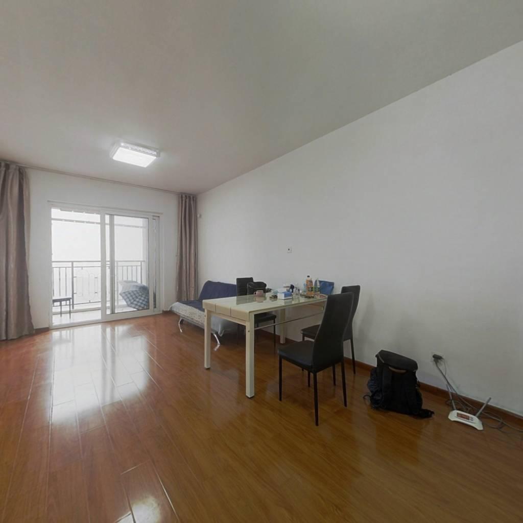 顶楼正气小两房+视野开阔+户型方正+业主诚意出售