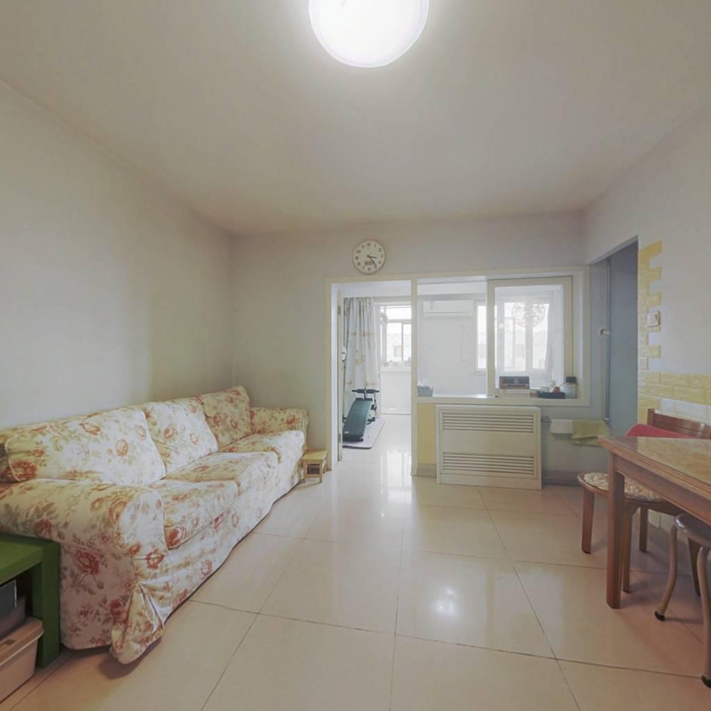 牡丹园塔院小区,板楼南北三居,有客厅,满五年