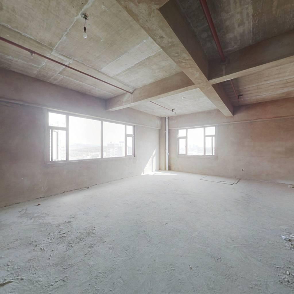 邦盛云茶里,毛坯公寓诚心出售,业主急卖。