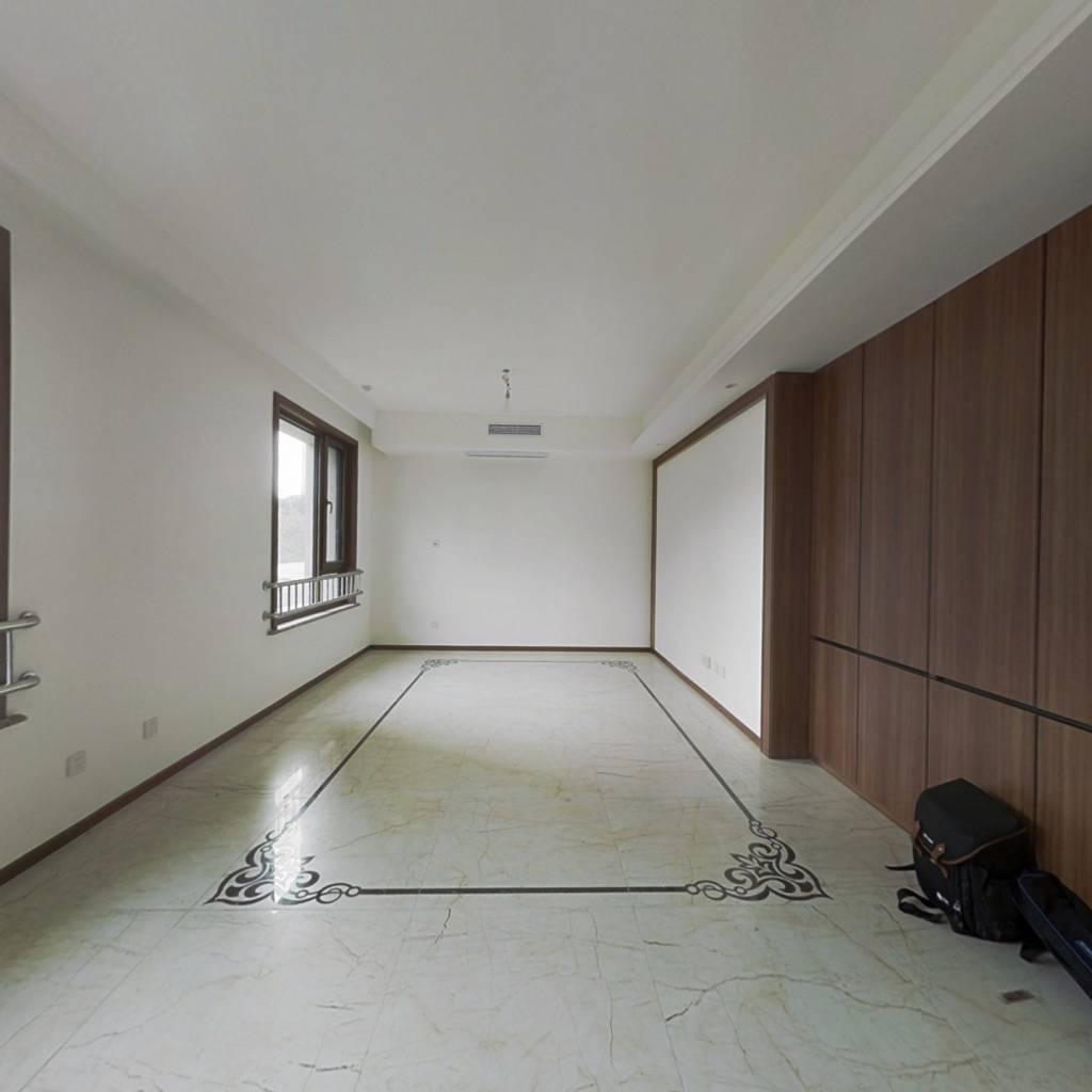 房子满两年,全明通透户型,精装修交房,中等楼层