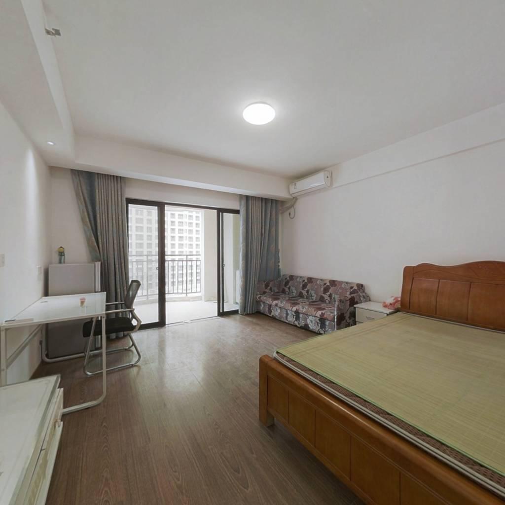 单身公寓 有装修 业主诚意出售 看房方便