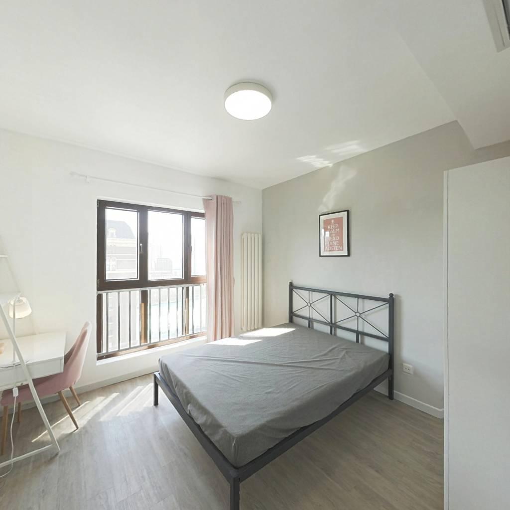 合租·格调绮园 3室1厅 南卧室图