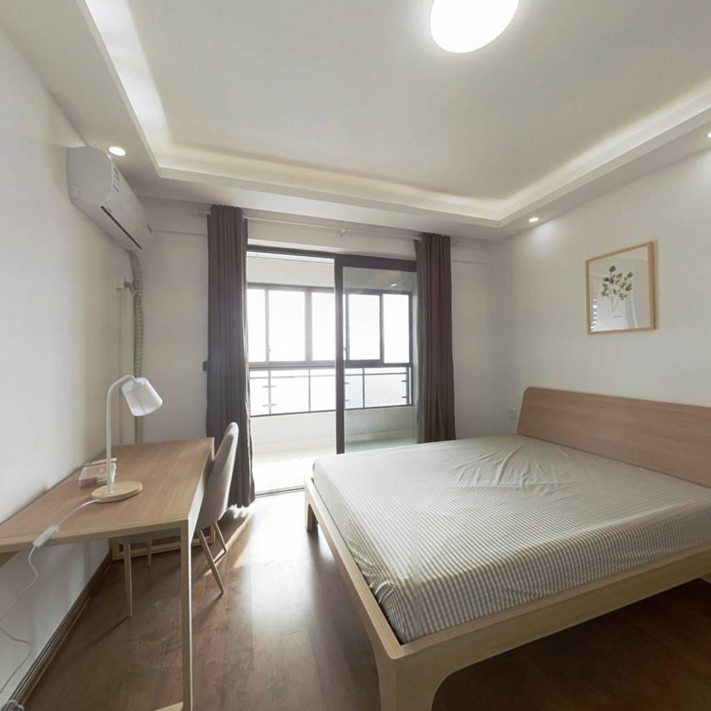 合租·电建地产盛世江城 3室1厅 南卧室图