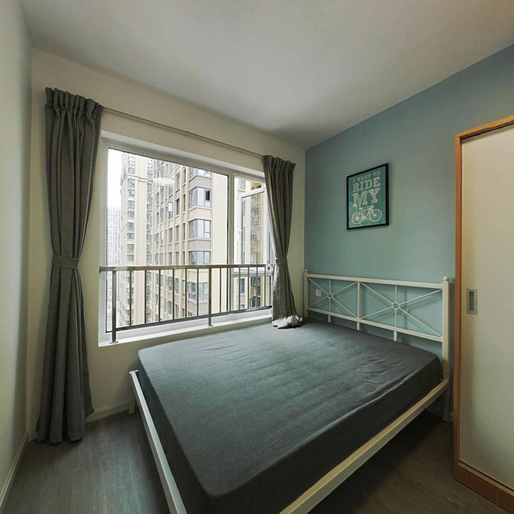 合租·理想城 4室1厅 北卧室图
