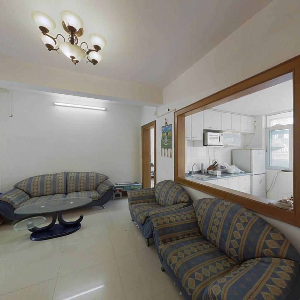 此房满五年,大三房宽敞明亮,业主诚意出售
