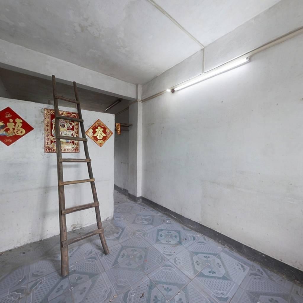沃尔玛商圈 一房一厅小面积网红户型