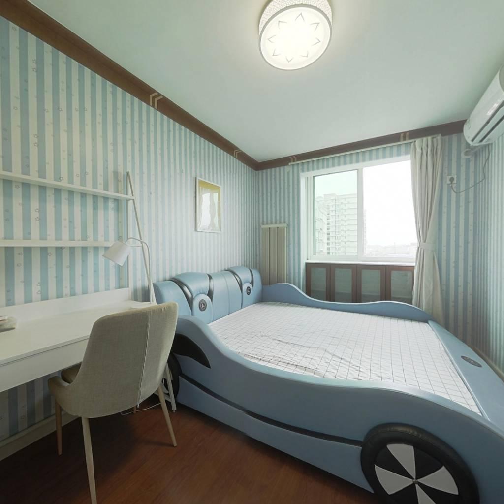 合租·烟树园 4室1厅 南卧室图