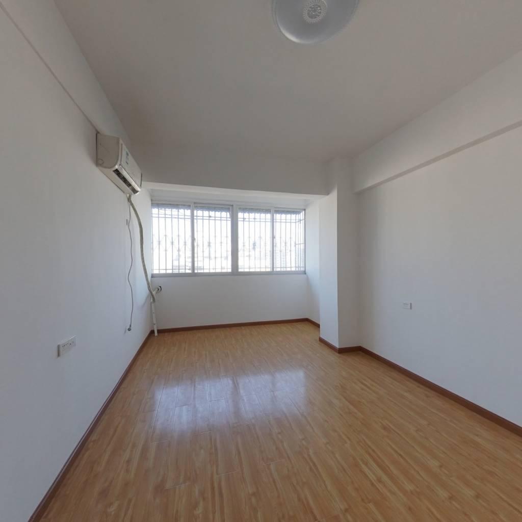 尚德里精装小户型,高层电梯房,总价低随时看房