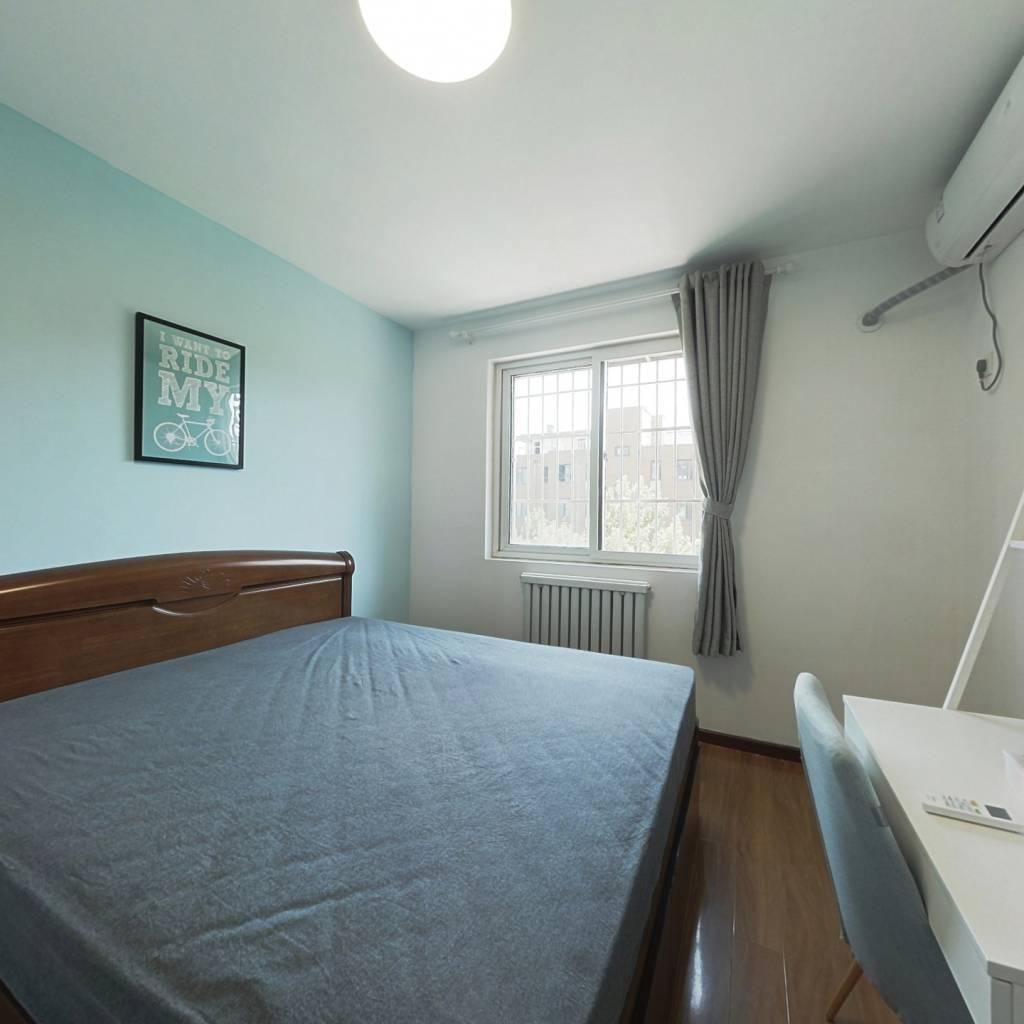 合租·管庄新村 3室1厅 南卧室图