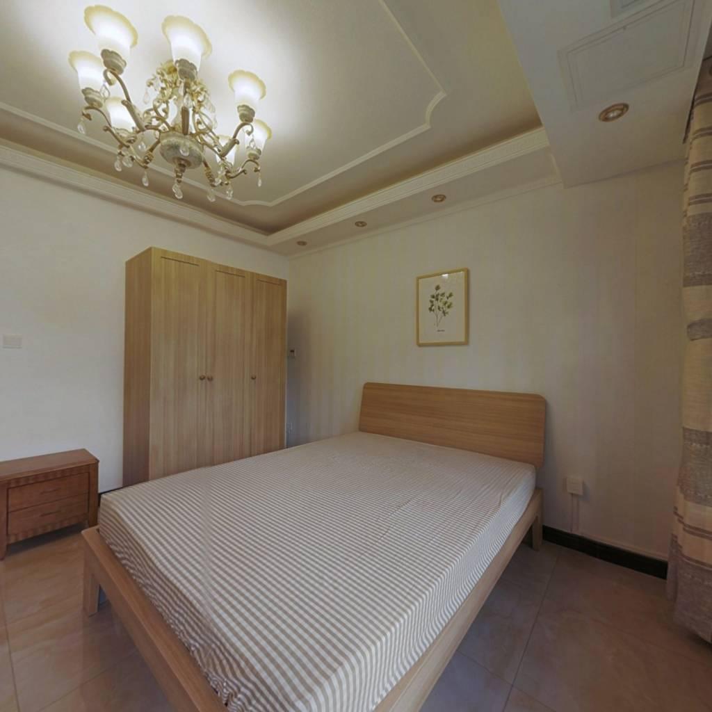 合租·保利时代北区 4室1厅 南卧室图