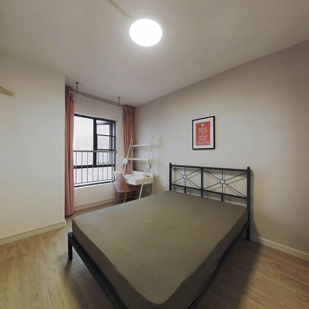 合租·石桥花园 4室1厅 西卧室图