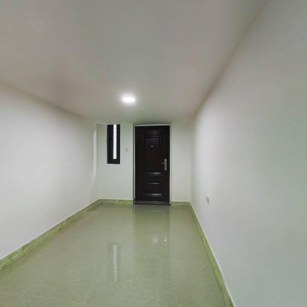 红本在手,随时看房,一房一厅,精装修