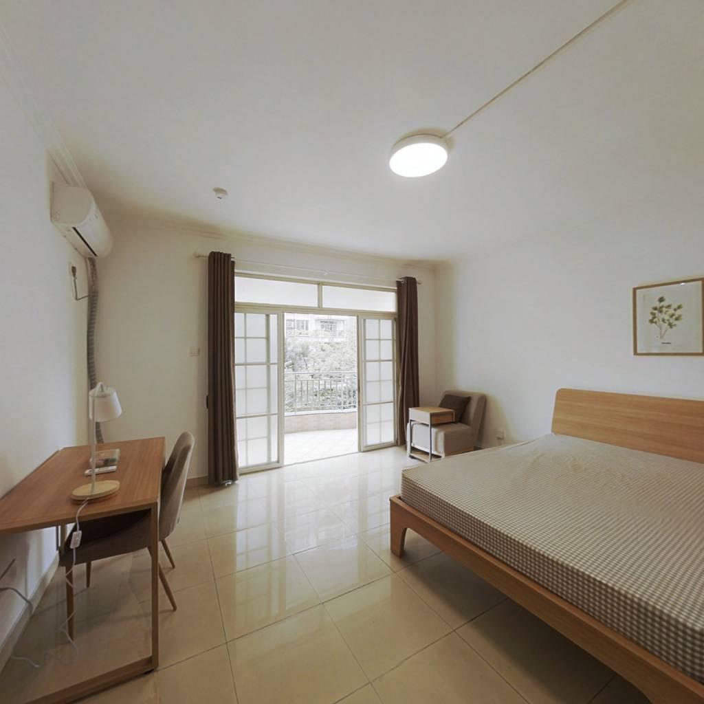 合租·保利花园 4室1厅 南卧室图