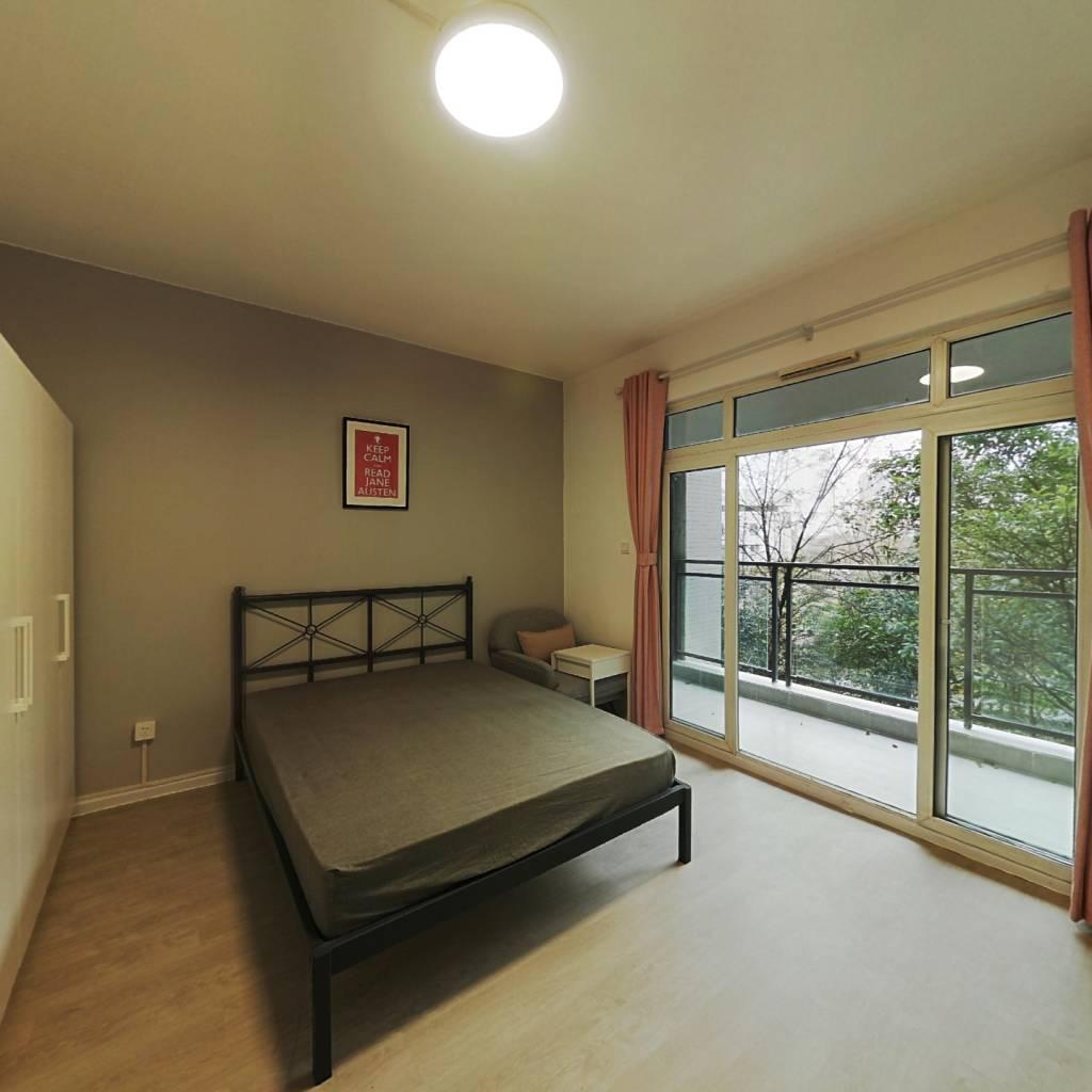 合租·桂溪苑 5室1厅 北卧室图