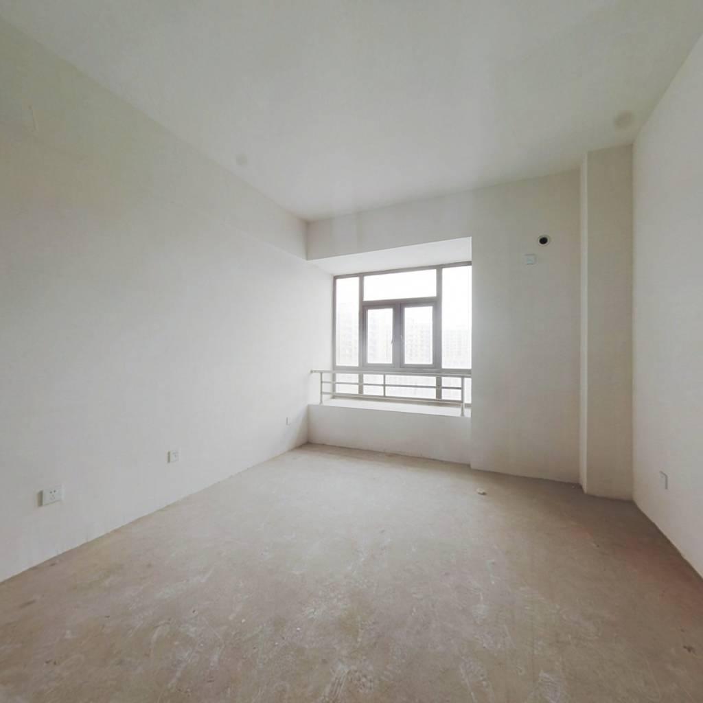 冠徽苑公寓 景观房 中间楼层 布局合理 小阳台