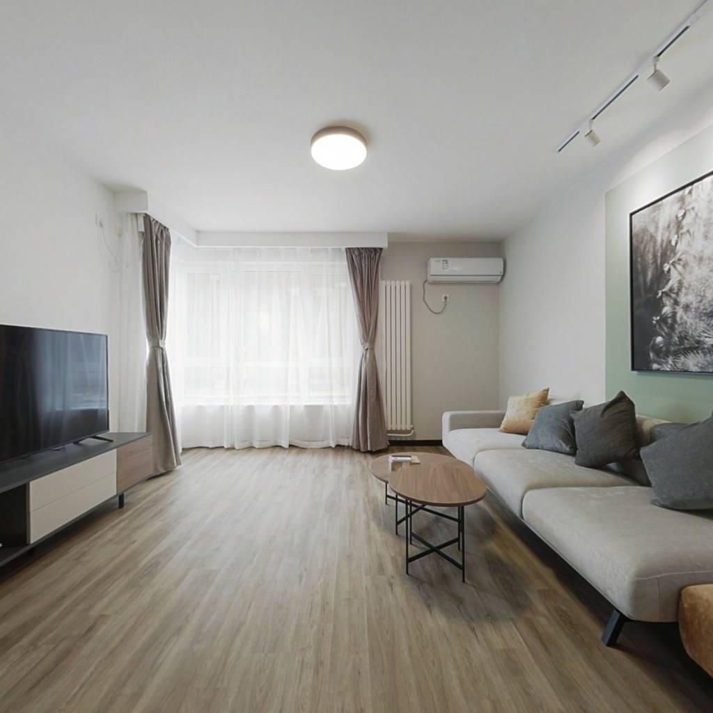 整租·易构空间 2室1厅 西北卧室图