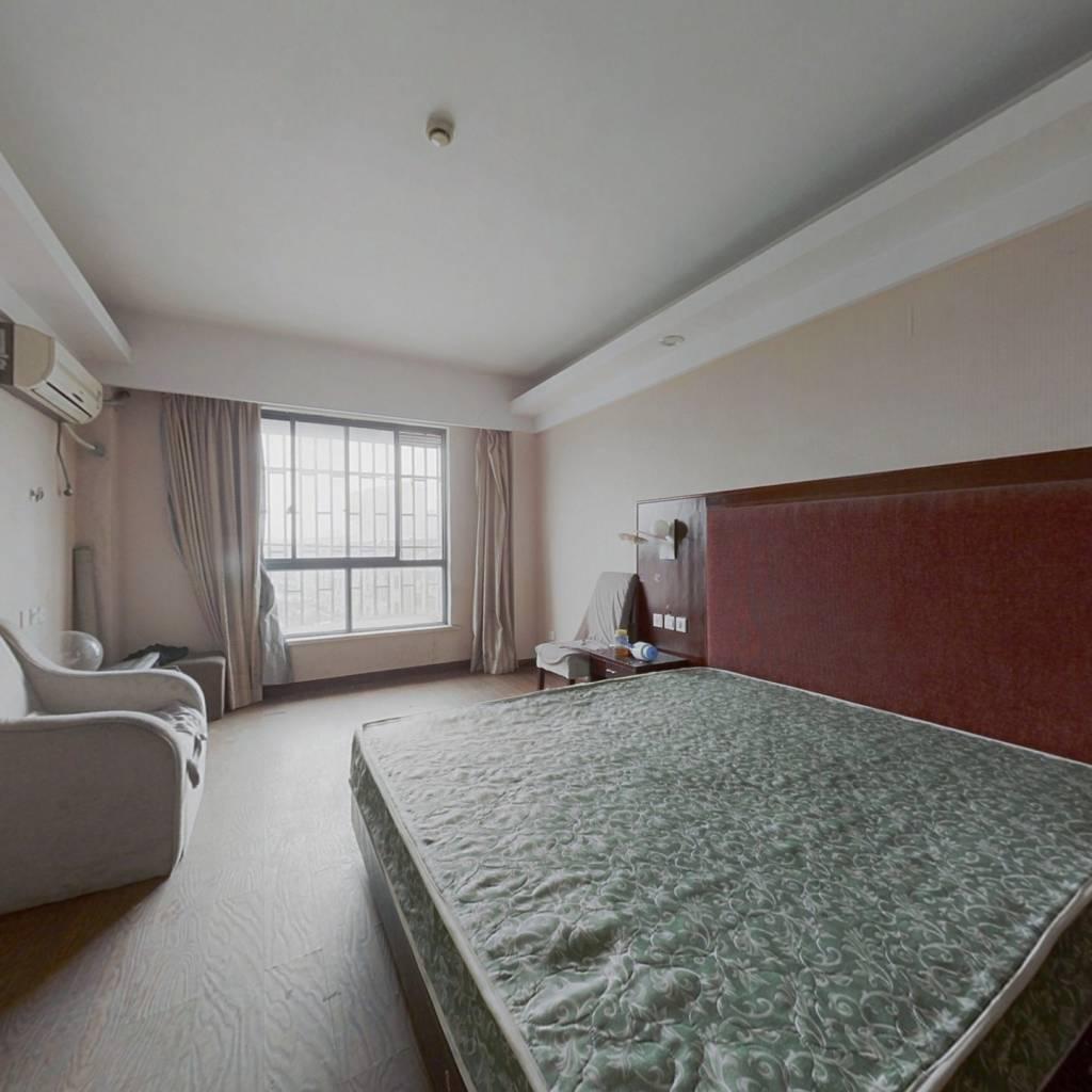 聚宝华府,单身公寓,酒店试装修,满五唯一