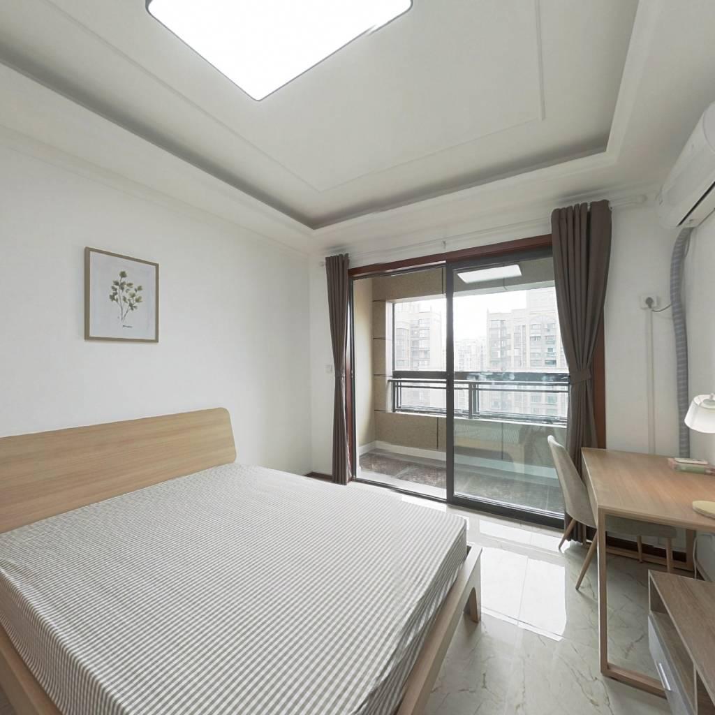 合租·中港CCPARK 4室1厅 西卧室图