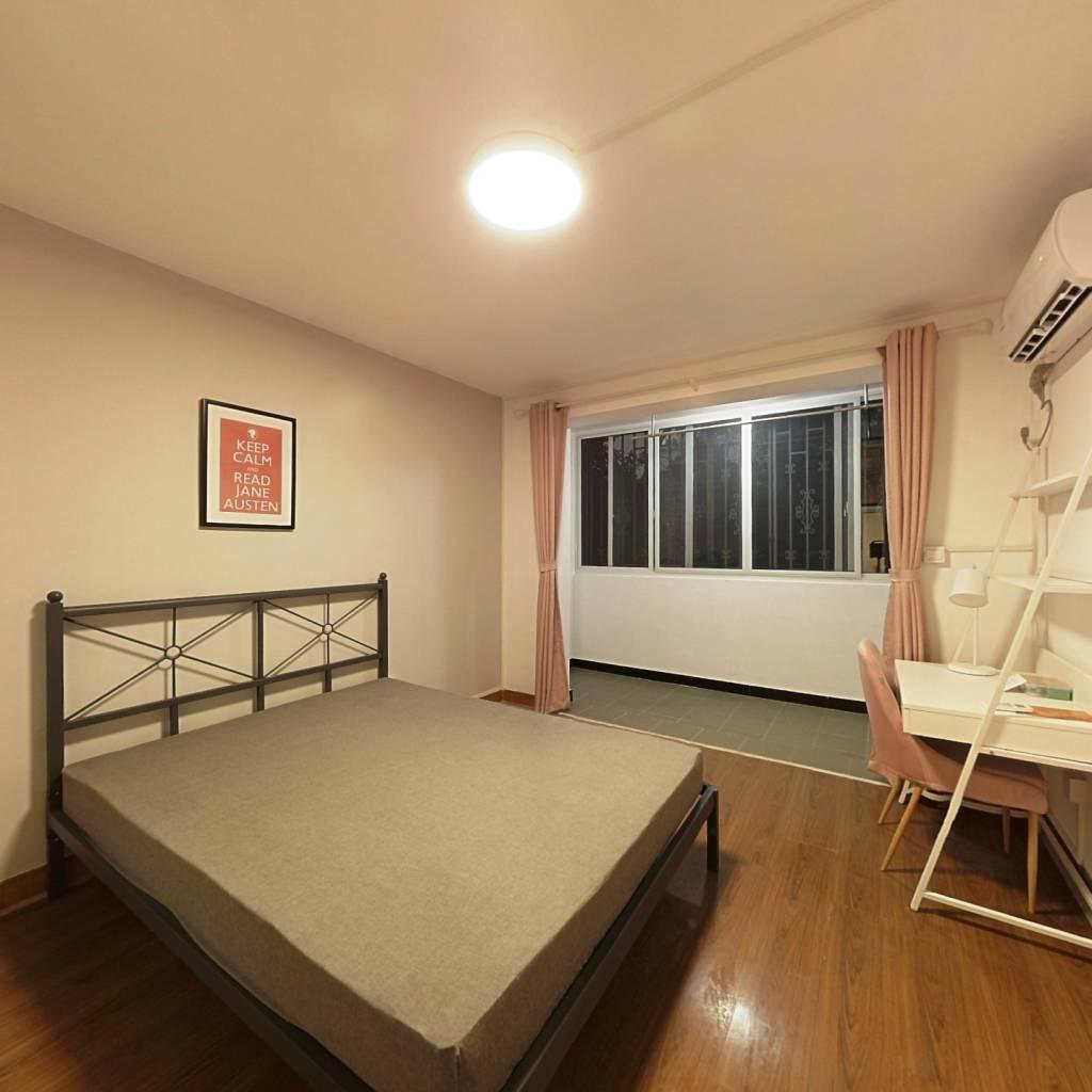 合租·北巷小区 3室1厅 南卧室图
