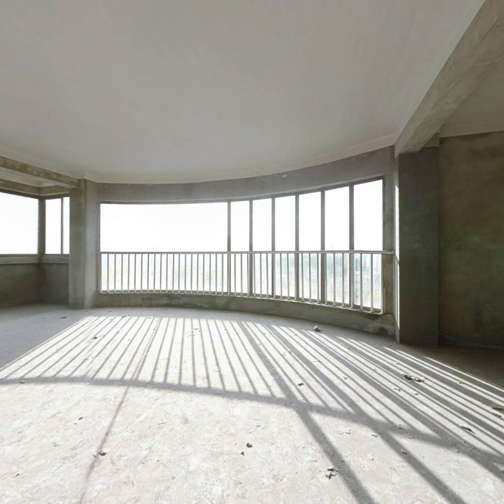 清馨家园小区130平6+7复式4室2厅2卫售价88.8万