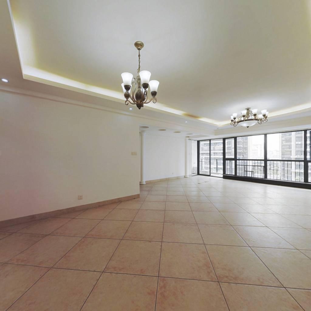 荣和·中央公园 4室2厅 东南