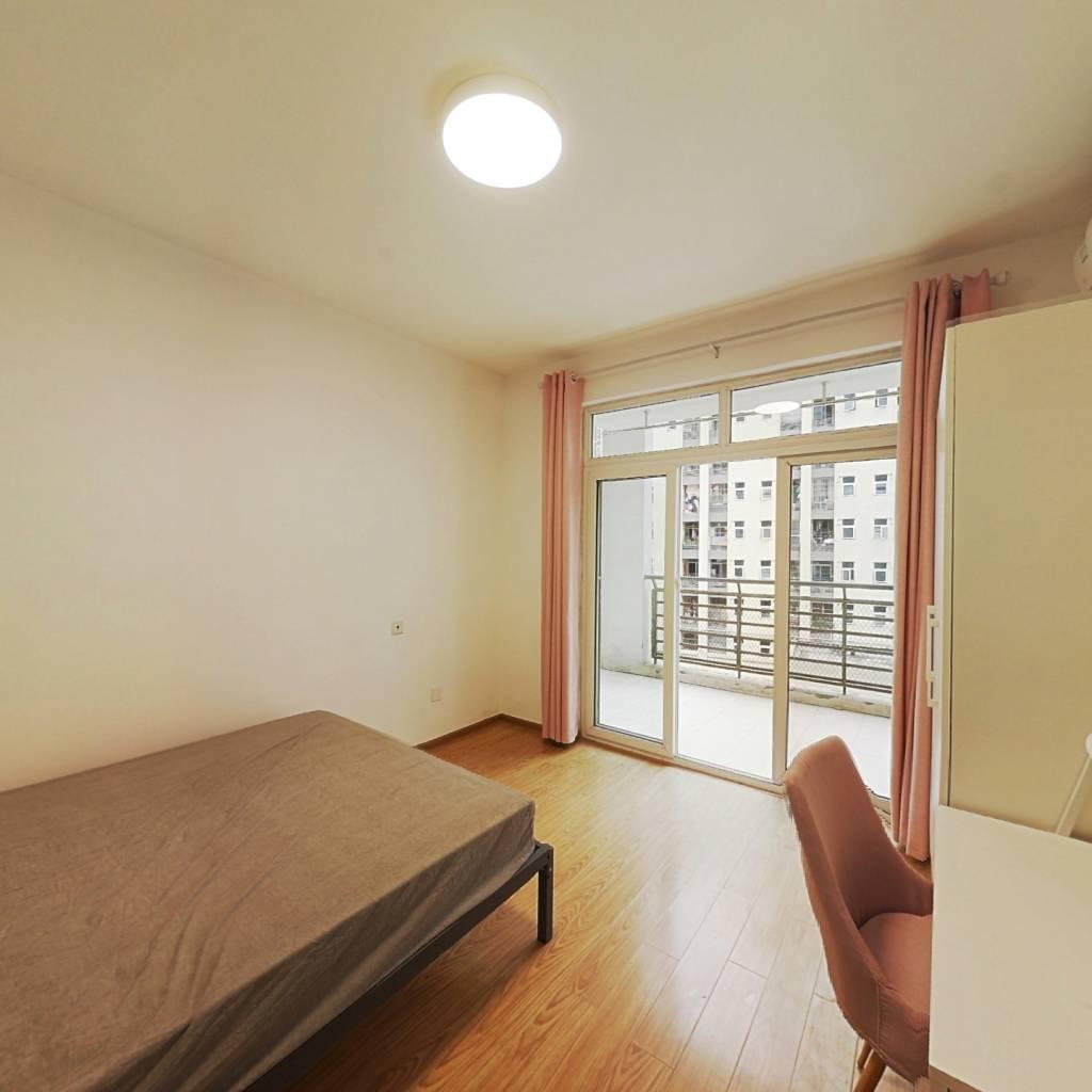 合租·上东锦城A区 3室1厅 东卧室图