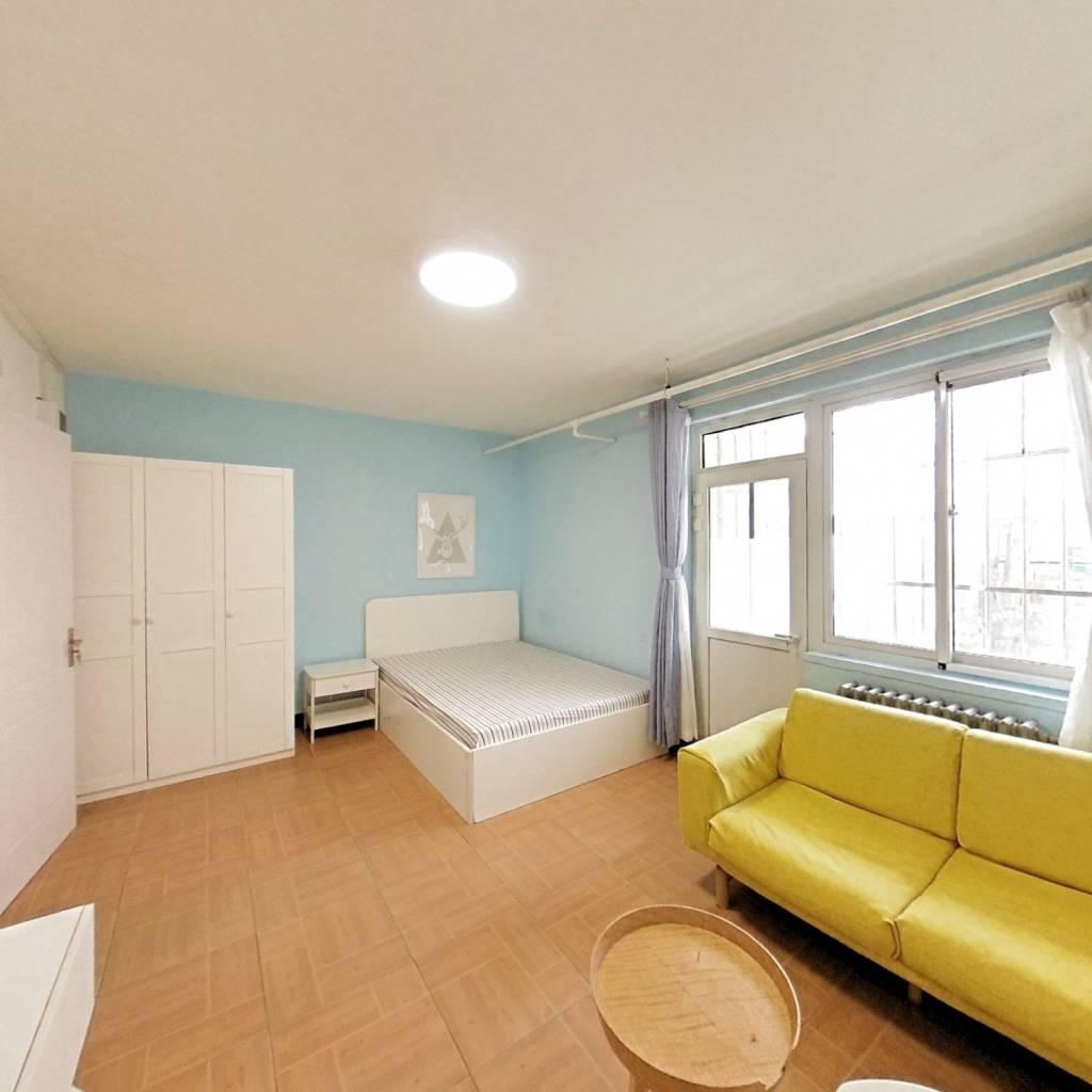 整租·中环南路11号院 2室1厅 东南卧室图